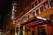 hotel-felix-chicago-entrance