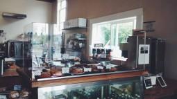 madrona hill cafe